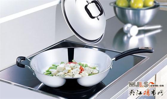 厨房怎么打造  嵌入式家电好不好?